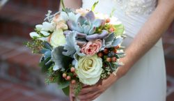 Choosing the Shape of your Bridal Bouquet